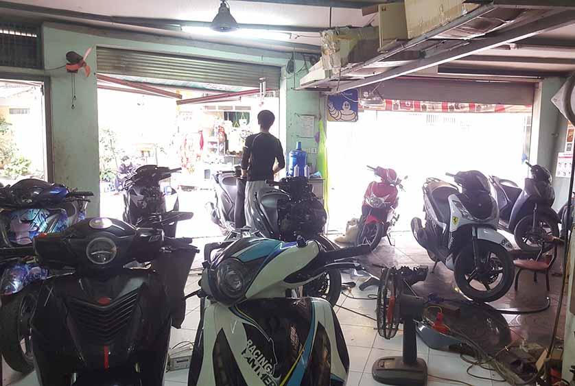 Bảo Việt - Sh xếp hàng chờ độ xe tại địa chỉ độ xe uy tín ở Hà Nội