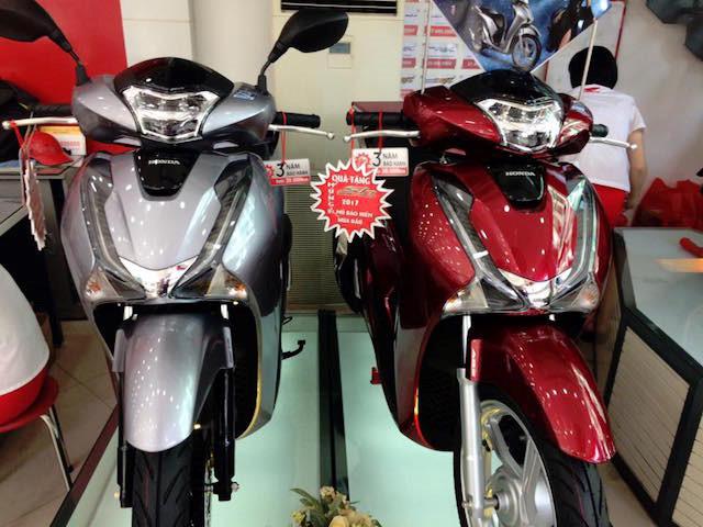 Hai màu được ra mắt sau đó cũng mang lại doanh thu lớn cho Honda