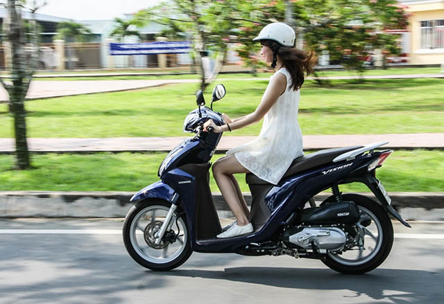 Honda Vision - Dòng xe được nhiều chị em yêu thích
