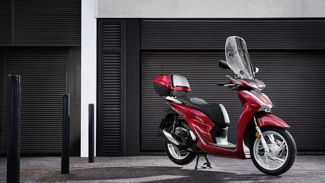 Chọn màu xe hợp tuổi - Kinh nghiệm khi đi mua xe máy mới vô cùng quan trọng