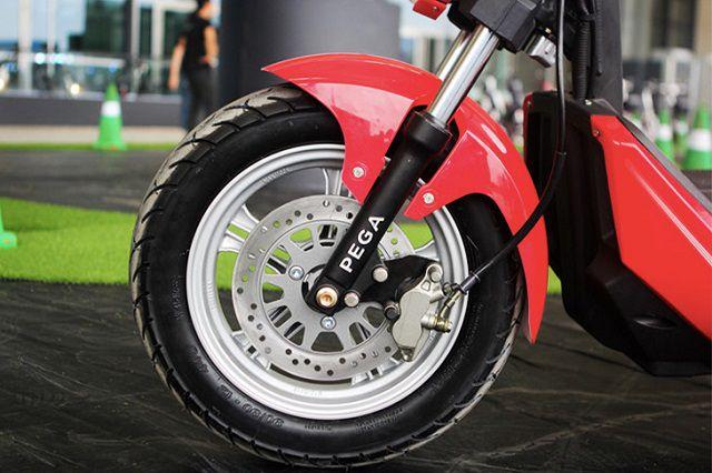 Xe máy phanh đĩa thường phù hợp với phái mạnh kinh nghiệm mua xe máy