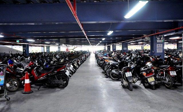 Bãi đậu xe của một siêu thị lớn tại TP.HCM kích thước tiêu chuẩn bãi đậu xe máy