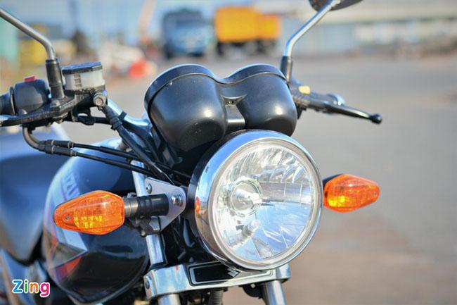 Hệ thống đèn trước cổ điển Suzuki EN150A