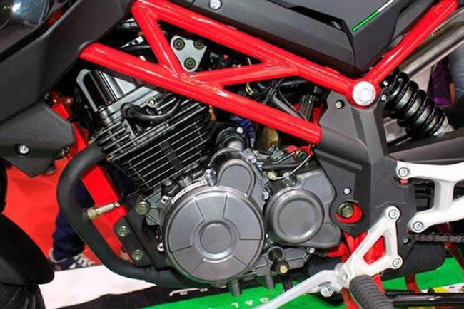 khối động cơ xe moto Benelli TNT125