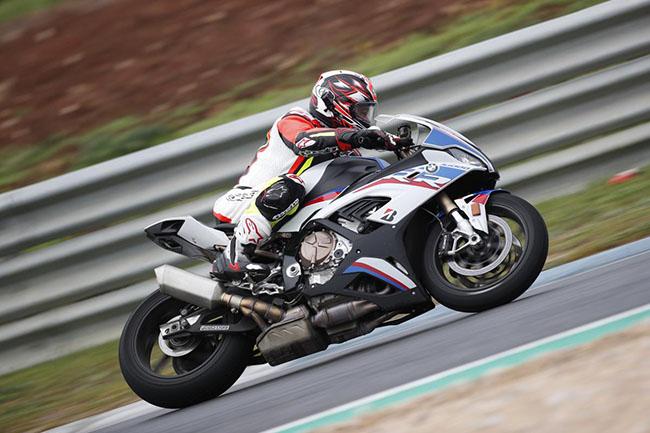 siêu xe đường đua BMW S1000RR