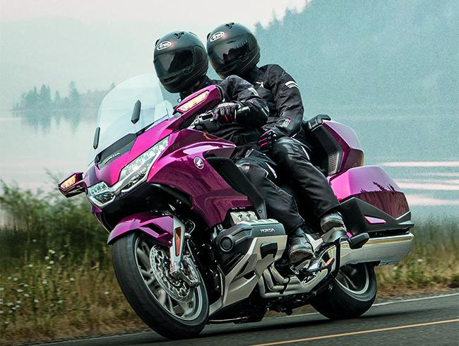 Honda Goldwing - Mẫu moto của Honda xịn nhất thế giới
